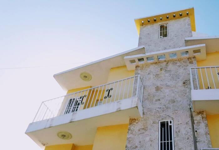 Loft Brisas del Malecón. Miches Centro.