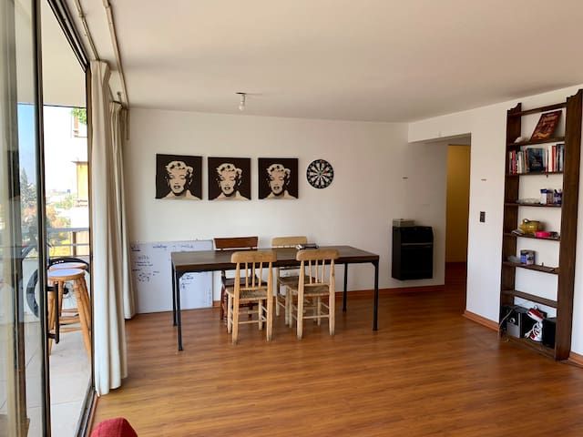 Small bedroom in a big apartment well located