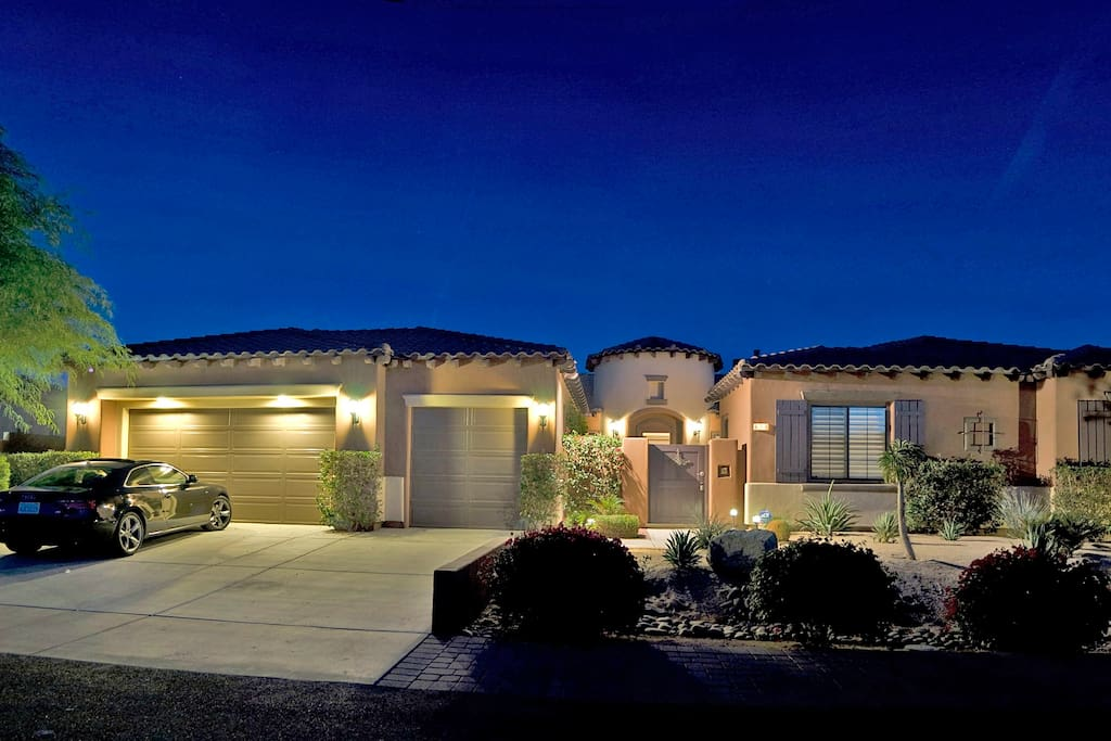 My Luxury Desert Resort, Indio, Ca 4 Bdrm\ 3.5 Ba  Executive Vacation Home Gated Community, Private, Lavish, Luxurious, Loaded !!