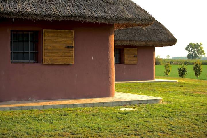 The Bassara Cabins: The Romagnola & The Ferrarese