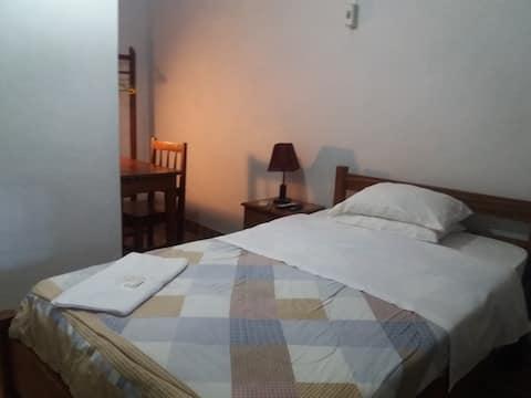 QUARTO SOLTEIRO-Casa de Hospedes Januário