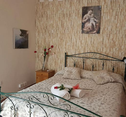 Deluxe double room, private bathroom, extra bed