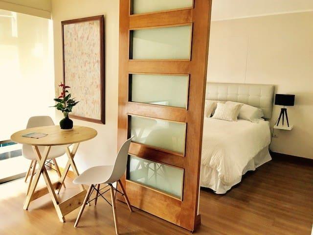 Beautiful 1 room apartment in Barranco