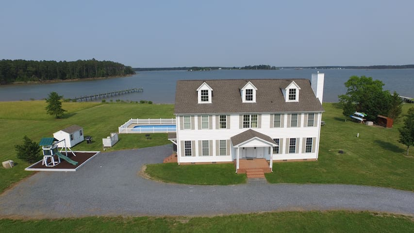 The Mariner at Swan Cove Manor