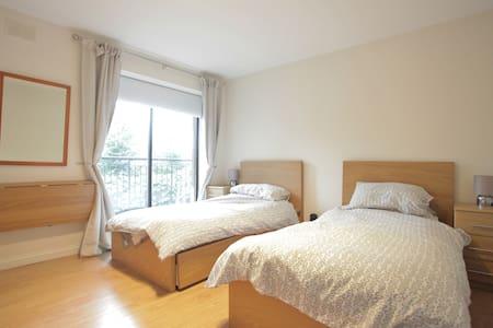 Modern 2-Bed Apt In Heart Of Historic Dublin - 都柏林 - 公寓