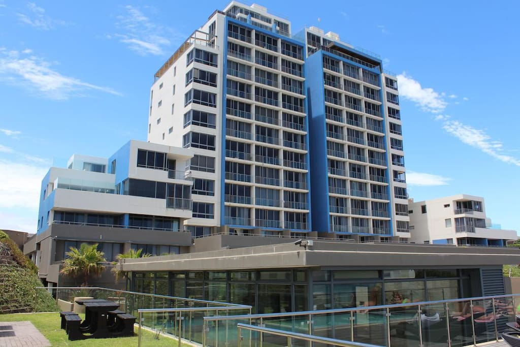 Apartment For Rent In Foyer Infinity : Infinity apartment apartments for rent in cape town