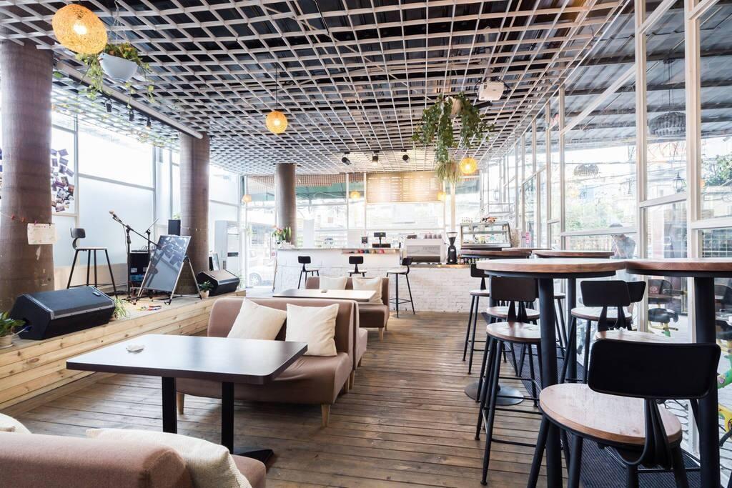 一楼咖啡馆