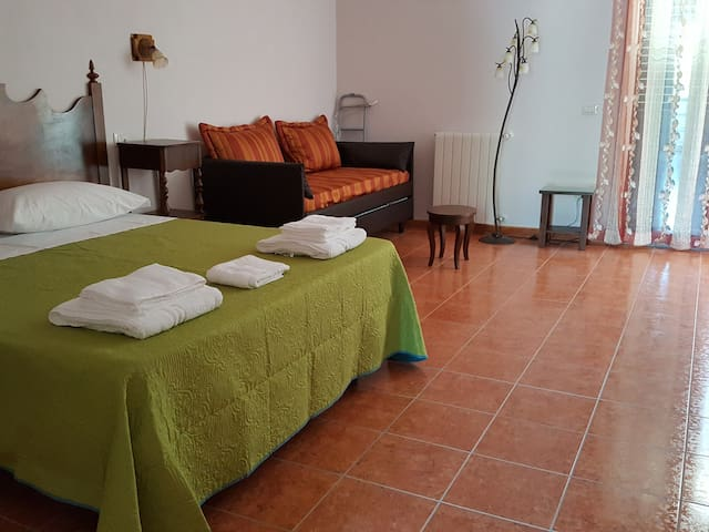 San Pasquale-Palau - Quadruple comfort room - Tempio Pausania - Bed & Breakfast