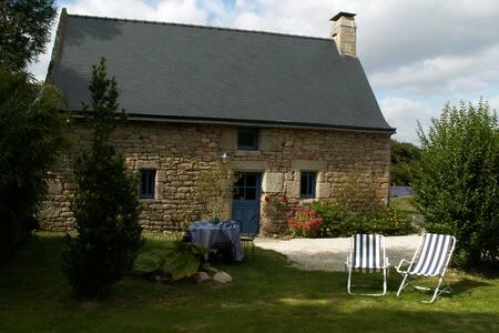 Ty Eliorn - Gites en Bretagne - Langonnet