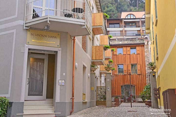 Residenza Diana in centro a Maderno (Flora)