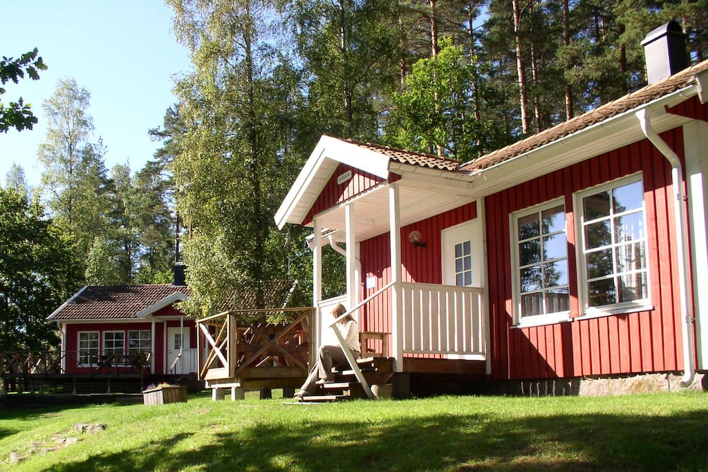 Familienhaus mit seegrundst ck eigene boot blockh tten for 2 familienhaus mieten