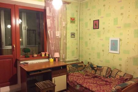 Квартира в спальном районе Киева (Троещина) - Kiev