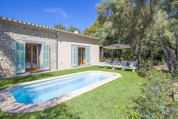 NA MIQUELETA - Villa with private pool in CAPDEPERA. Free WiFi