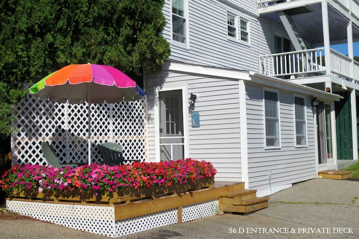 Clean, Quiet & Cozy Condo, 5 mins walk into Town. - Boothbay Harbor - Condominium