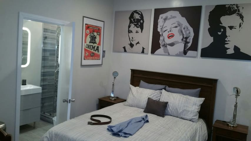 Studio-Beverly Hills/Culver City