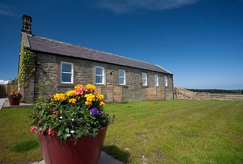 Northumberland, Inglenook Cottage - up to 4 guests