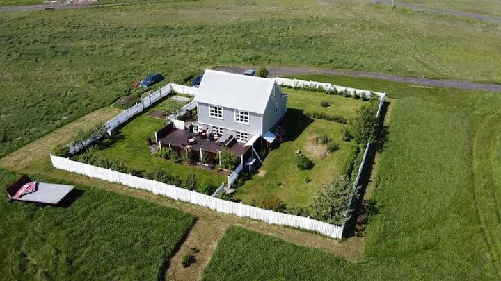 Melur - Farmhouse