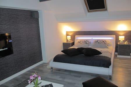 ravissante chambre savoyarde - La Chavanne