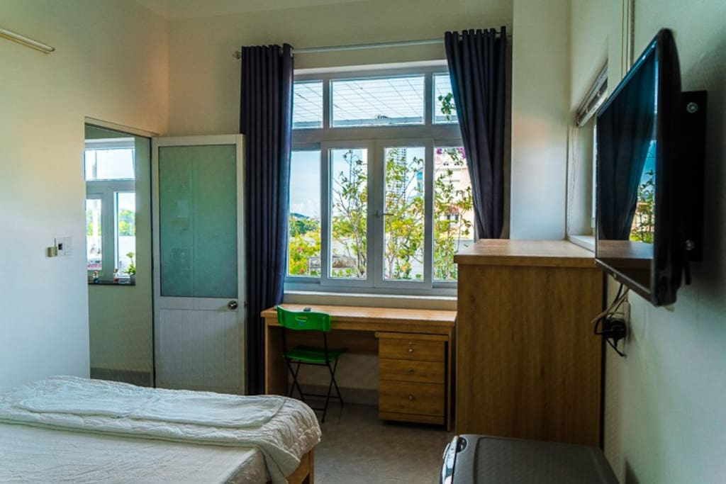 Top floor room is always a good choice. That is terrace garden.