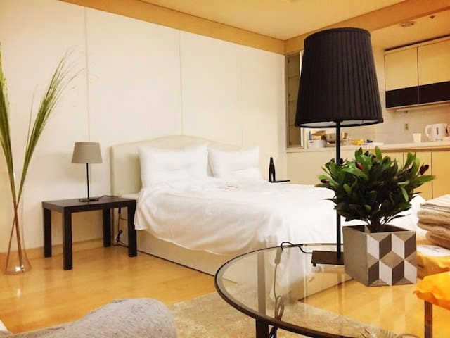 LUXURY&COZY APT in Gangnam