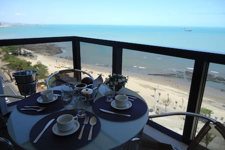 FABULOUS AND LUXURIOUS SEA VIEW FLAT - Meireles - Appartamento