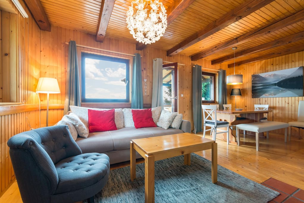 Chalet Vista - living area