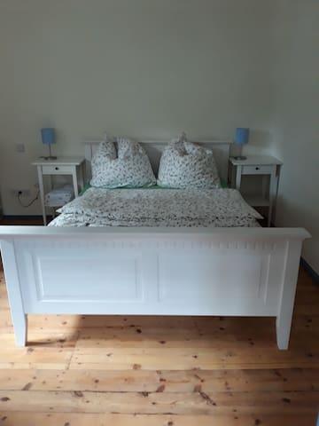 Doppelbett 1