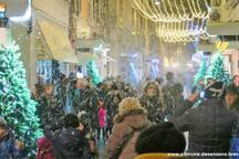 Spettacolo di luci musica ed effetti di neve a Desenzano