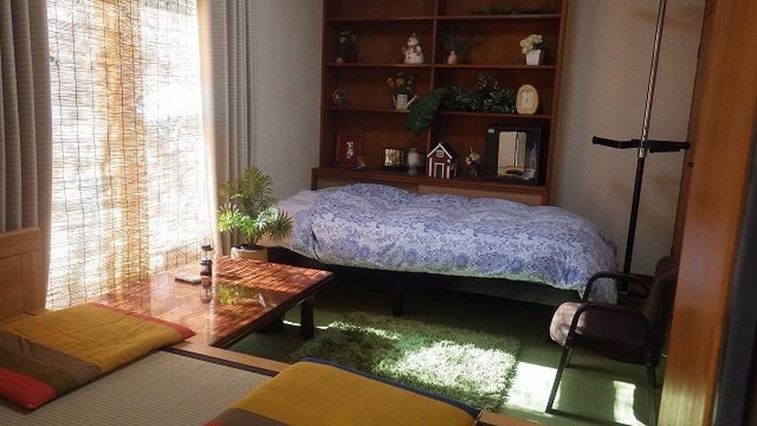 庭に面した部屋 Chigasaki-house1st 鎌倉・江の島・箱根