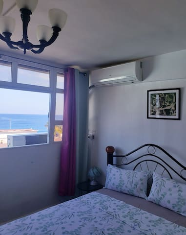 Beautiful room with nice ocean view