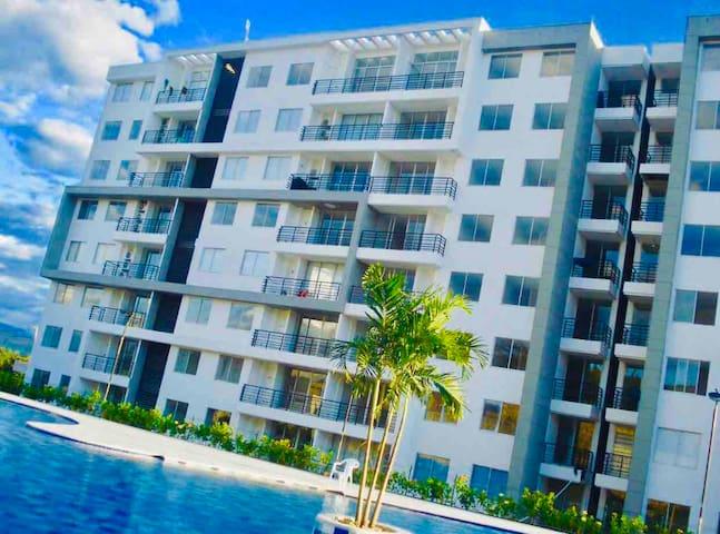 Apartamento amplio y moderno en Girardot- Ricaurte