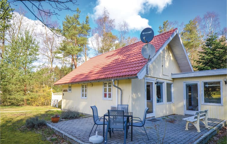 Holiday cottage with 2 bedrooms on 69m² in Ebeltoft