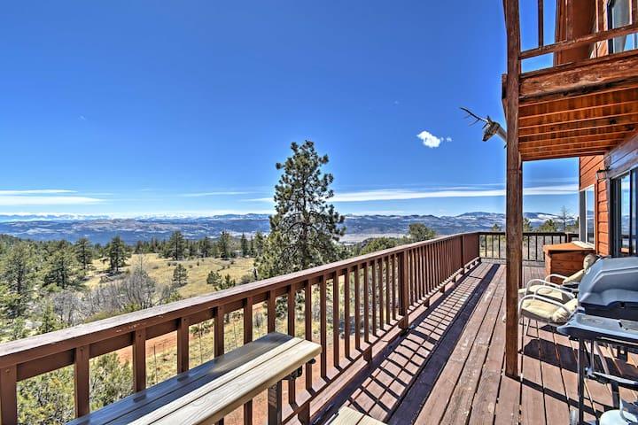 1BR+Loft Cripple Creek Area Cabin w/ Deck & Views!