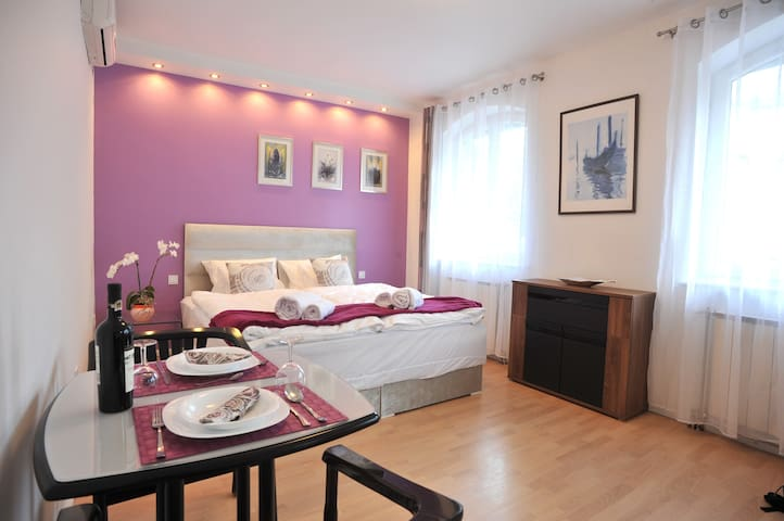 Hillside Premium Apartments - Purple