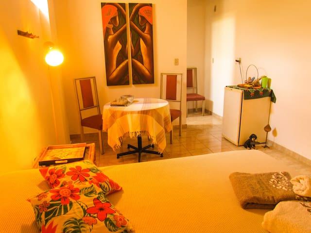 SUÍTE  (INHOTIM e Clube de Vôo Livre ) - Brumadinho - Bed & Breakfast
