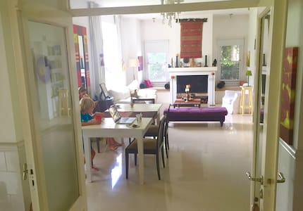 Bed & Breakfast in Pilar private urbanization - Buenos Aires - Aamiaismajoitus