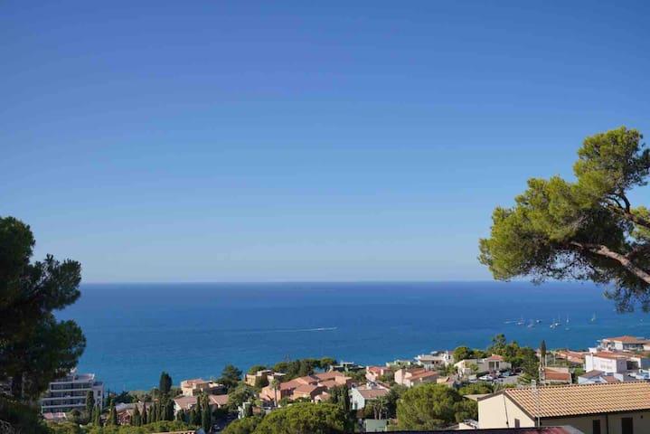 INSULAE A4: Relax a Cefalù tra natura e mare