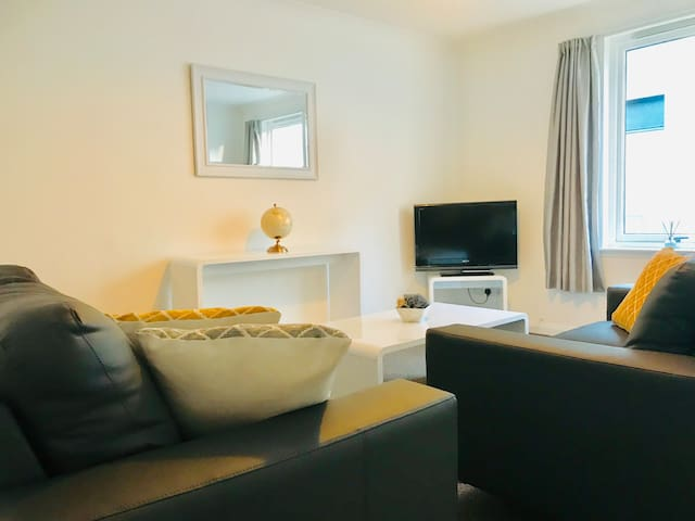 Union Square Apartment - Aberdeen City Centre