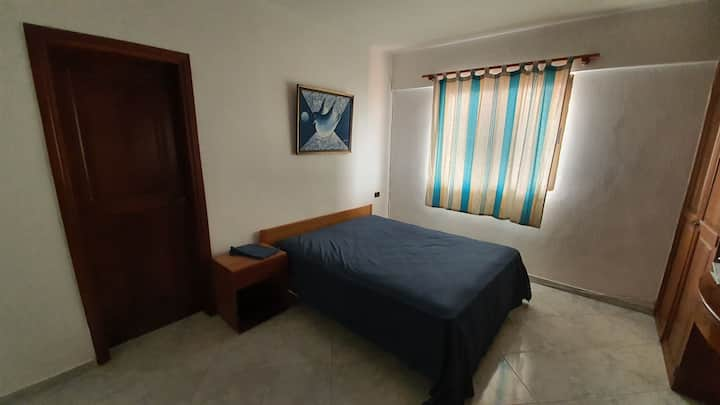 3 Rooms, Pool, Ocean View Balcony , Near Downtown