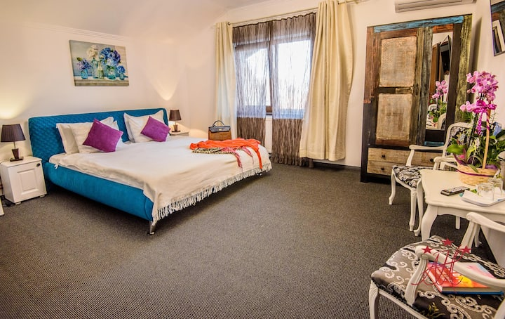 Clean, friendly double or twin room