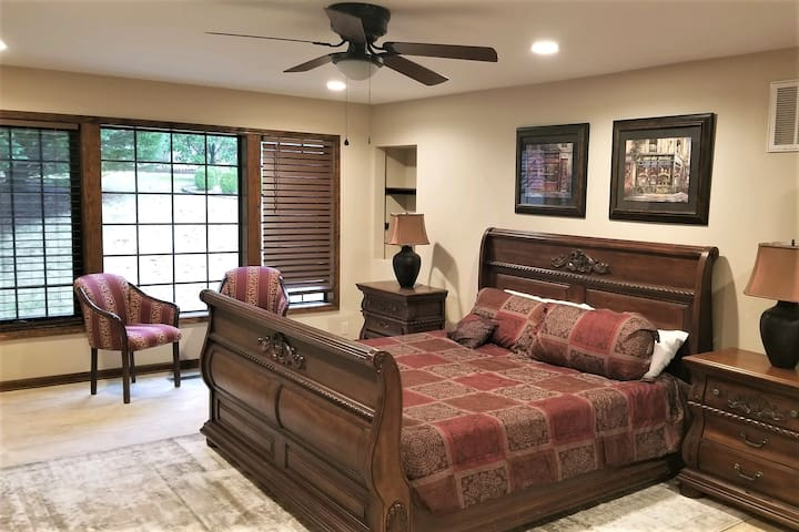The main level master suite is brand new and luxurious