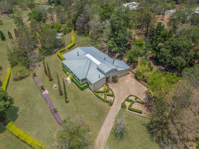 Getaway, Relax and Unwind in Peaceful Pullenvale