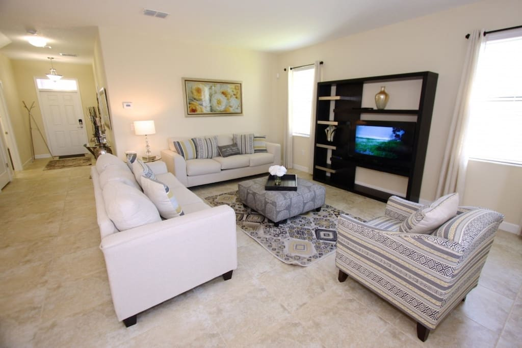 Living Area w/Upgraded Furniture & Flat Screen TV