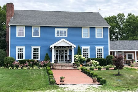 Blue Haven: A Peaceful Country Retreat