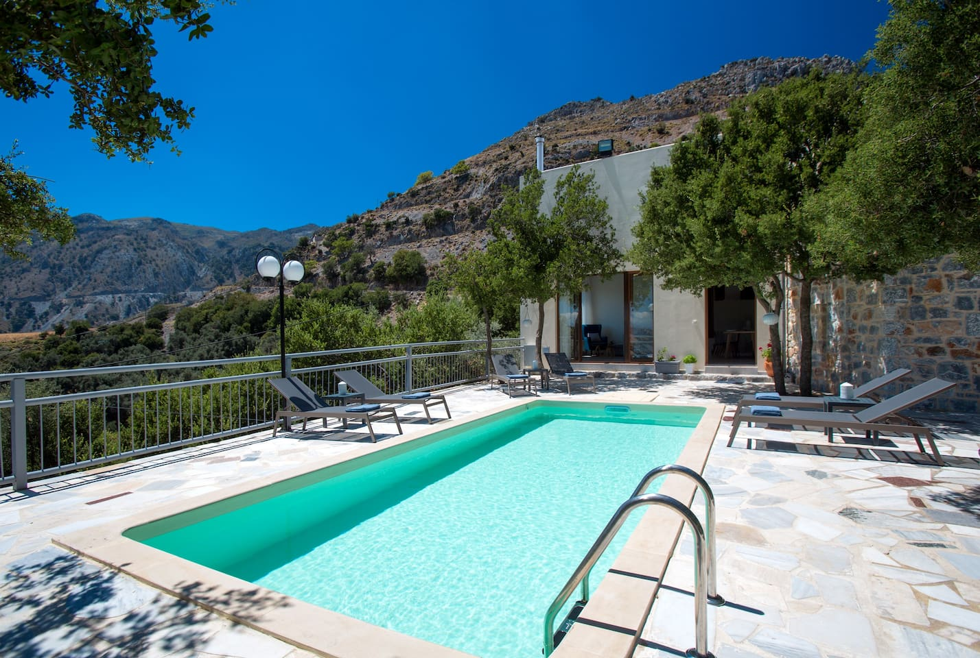 Villa Somnia is just a short 10 minute drive from daily amenities!