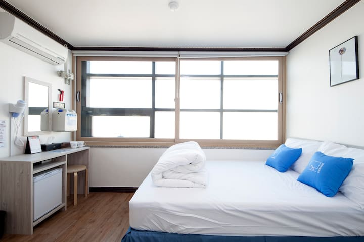 K-Grand Hostel Dongdaemun #Standard Double Room01