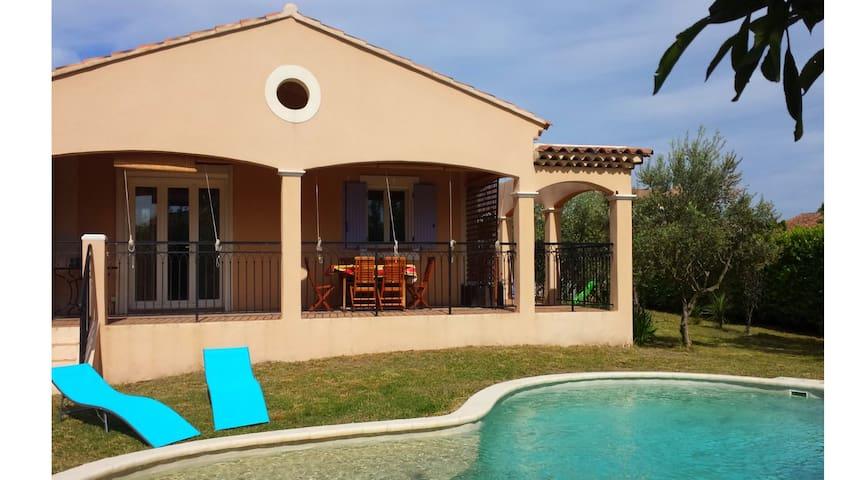 Calme villa proche d'Avignon - Althen-des-Paluds