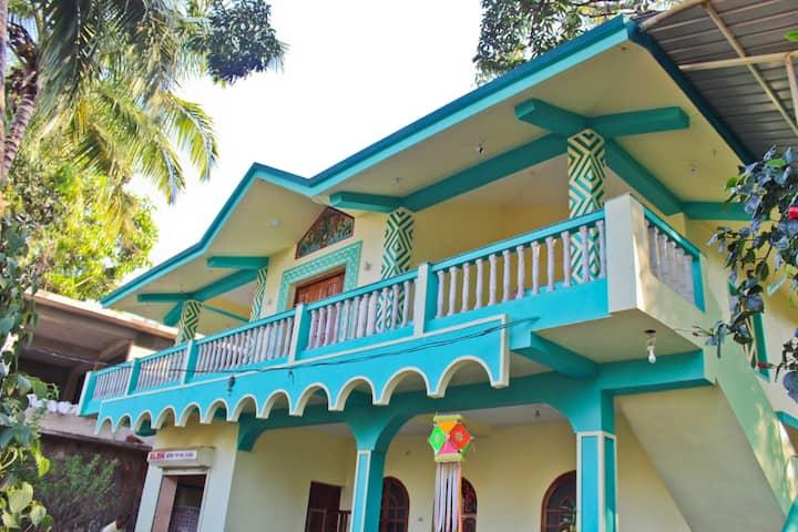 Nimai Nest's-Homestay In Mandrem