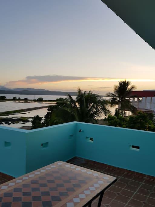 vista al mar desde el 3er nivel de la villa habitación principal