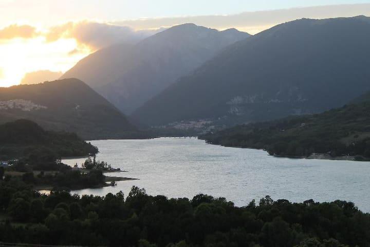 Appartamenti nel Parco Nazionale d'Abruzzo - Villetta Barrea - Apartment